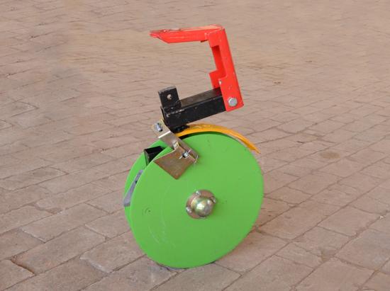 仿形小麦播种机圆盘开沟器