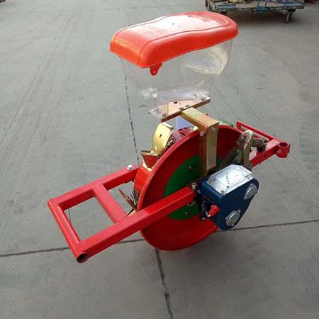 气吸式铺膜机滚桶